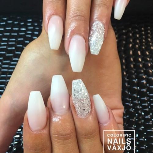 colorific nails lund