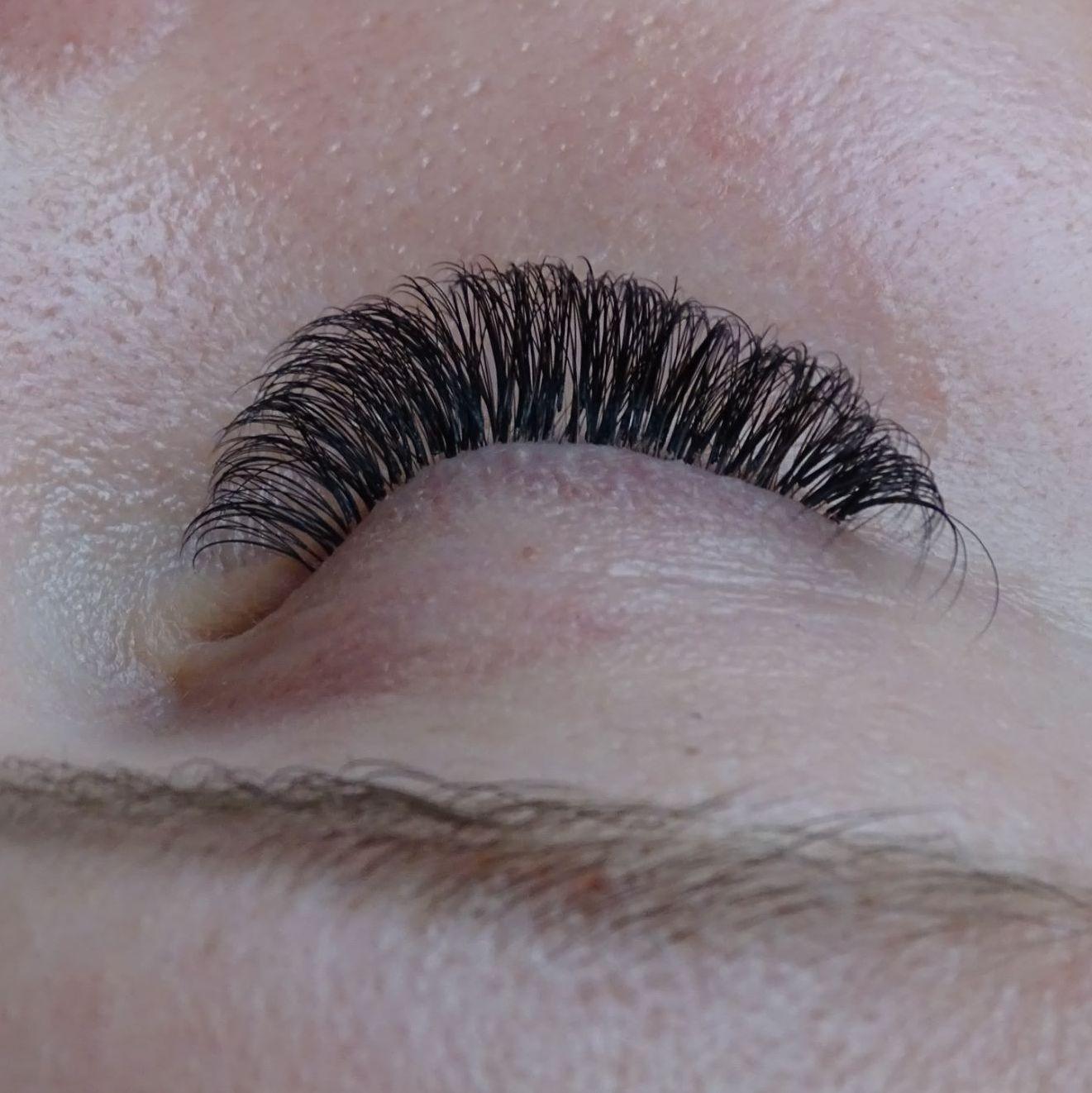 förlängning av ögonfransar huddinge