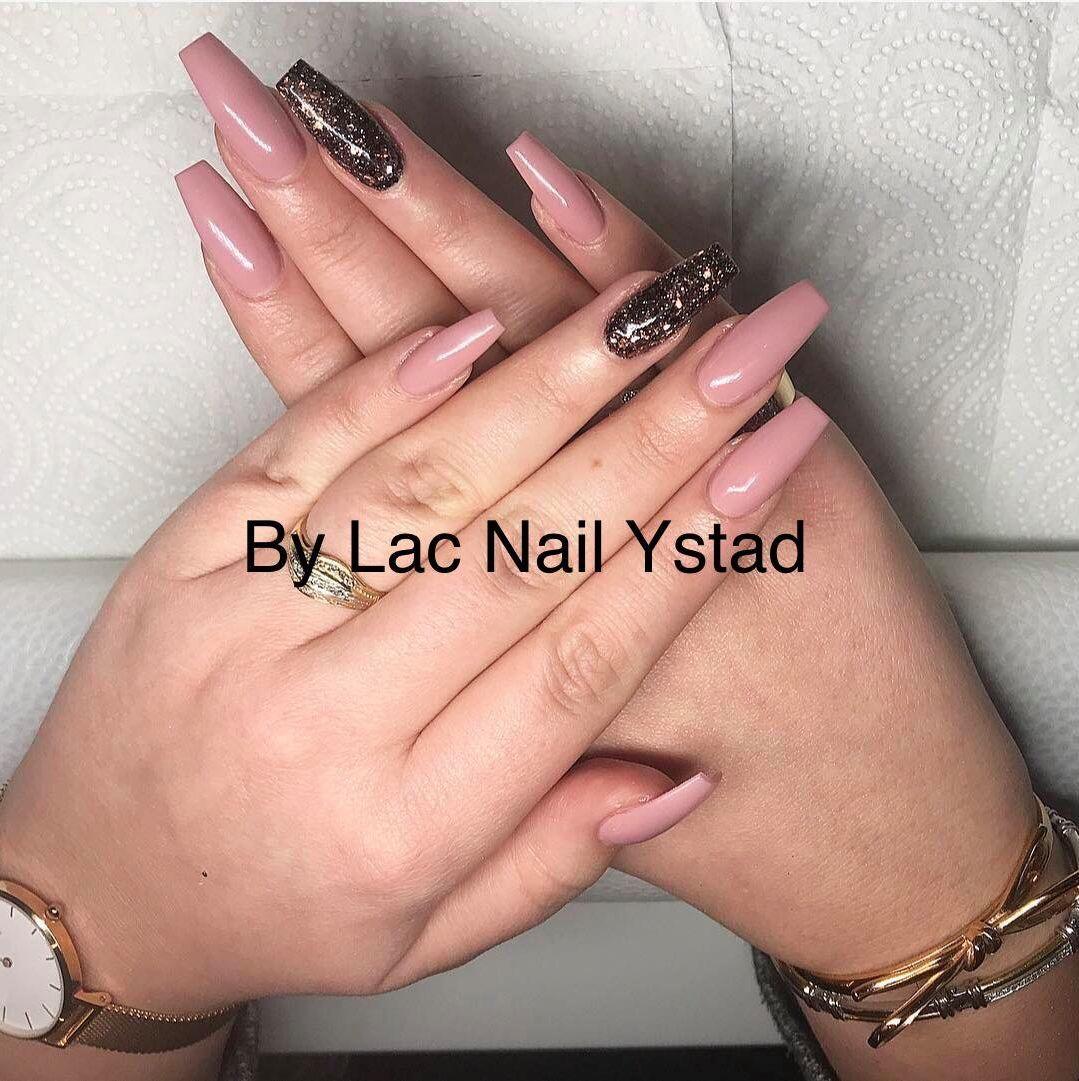 bygga naglar ystad