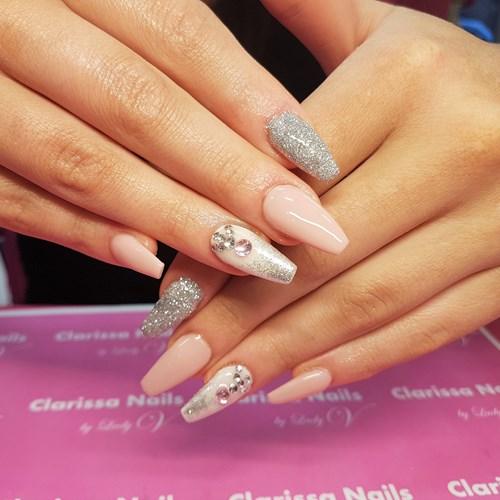 nytt set naglar